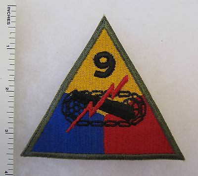 ORIGINAL WW2 Vintage 9th ARMORED TANK DIVISION PATCH US ARMY Cut Edge OD Border
