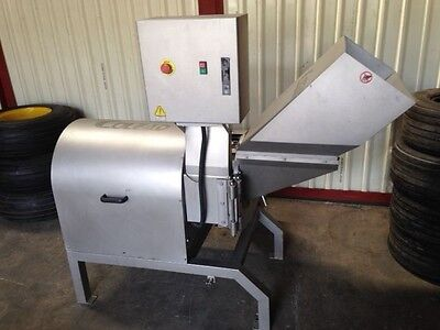 Fruit and vegetable dicing industrial machine