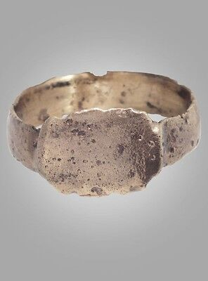 Medieval Mans's Pinky Ring Jewelry C.13th-15th Century  Size 9 1/4 (18.9mm)(BRR1