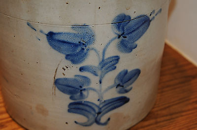 Vintage 19th C American Stoneware Blue Decorated Art Handled Crock Early Ceramic