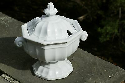 Beautiful T & R Boote White English Ironstone Octagon Shape Sauce Tureen 1851
