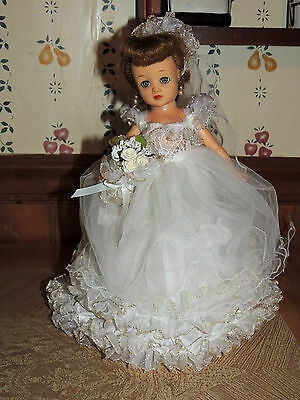 SaLe  BEAUTIFUL BRIDAL OUTFIT FOR LITTLE MISS REVLON VOGUE OTHER SM FASHION DOLL