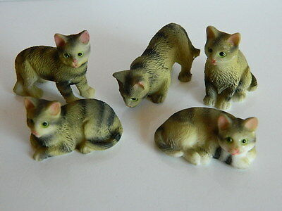 (G5.6) Dolls House Resin Set Of Five Assorted Tabby Cats