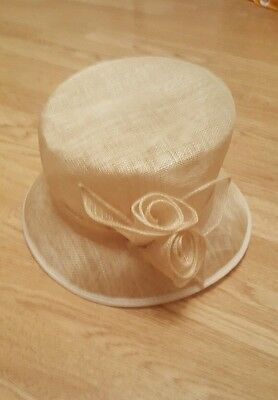 *reduced* Stunning Wedding, Bridal, Races occasion Hat Ivory/cream from NEXT
