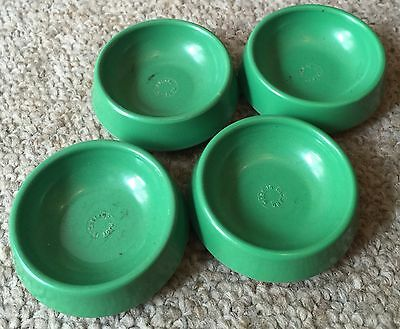 Set Of 4 Vintage Green Castor Cups Made In England Black Friday Reduction