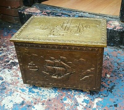 Vintage Log/coal/peat Box Hammered Brass Galleon With Liner For Hearth Fireside