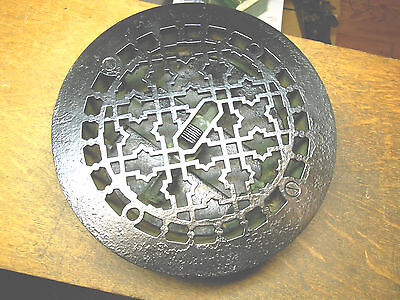 Antique Victorian Cast Iron Round Floor Vent Register Heat Grate Damper 8-1/4""