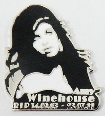 ***NEW*** Amy Winehouse 'RIP Rememberance' enamel badge. Lioness,Back to Black.