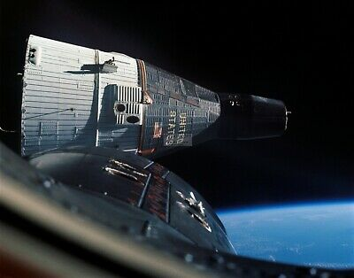 View Of Gemini 6 Spacecraft As Seen From Gemini 7 - 11X14 Nasa Photo (Lg-089)