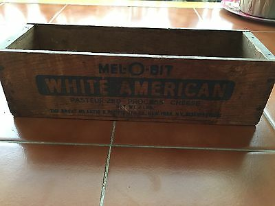 Mel-O-Bit White American 2lb Antique Wooden Box