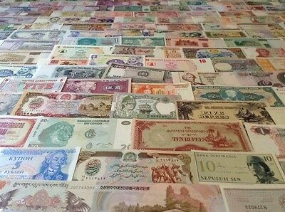 Assortment Of 200 World Banknotes. All Different. All Uncirculated Lot