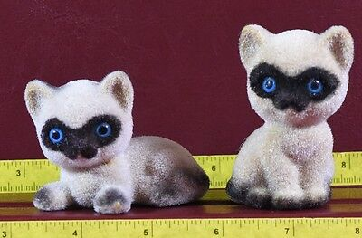 Siamese Cats Pair Flocked Made in Hong Kong
