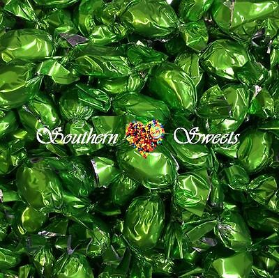 1Kg Shiny Green Lollies Wrapped Chocolate Caramel Toffees Xmas Christmas Lollies