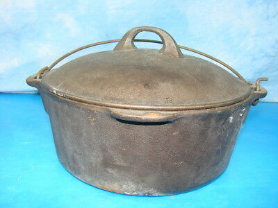 Vintage Wagner ware Sydney Hanging Cast Iron Pot with Lid