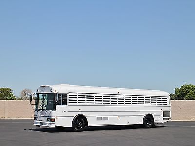 2000 Thomas Built Safe-T-Liner Prison Transport Bus