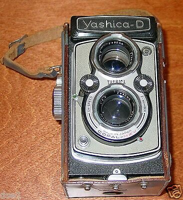 Yashica D Twin Lens Reflex Camera Gray with Carry Case