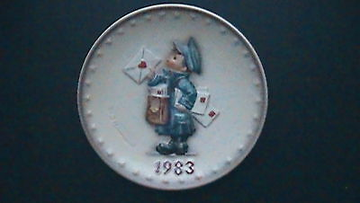 """1983 M.j. Hummmel """"postman"""" 13Th Annual Hand Painted Collector Plate #276"""