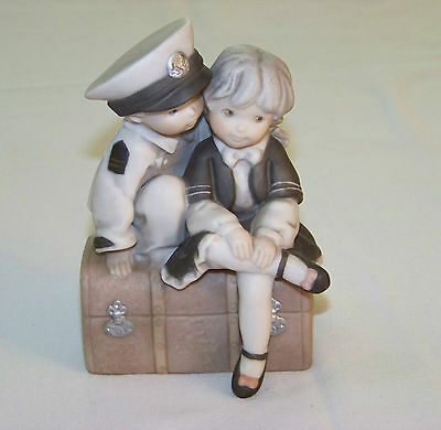 Enesco: Pretty As A Picture - OUR LOVE KEEPS ME AFLOAT #295957