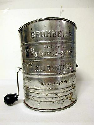 VINTAGE METAL BROMWELL'S 3 CUP FLOUR SIFTER - Made in USA