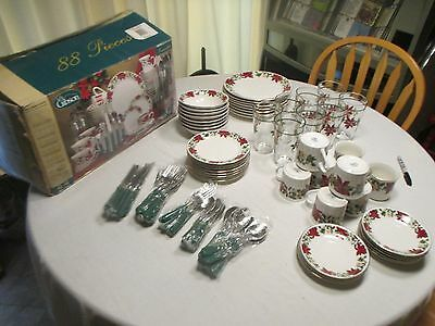 Complete 88 Piece Gibson Poinsettia Dinnerware Christmas Dishes