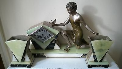 BEAUTIFUL 1930s LARGE FRENCH ART DECO LADY FIGURINE CLOCK GARNITURE SET IN VGC