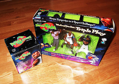 Space Jam ( Michael Jordan ) action figures and mug