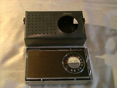 1965 Zenith Royal 810 Transistor Am Fm Radio Works Well Looks Nice Made In Usa