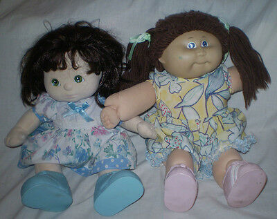 2 Pair Of Vintage Cabbage Patch/my Child/ Doll Shoes ~ Blue And Pink