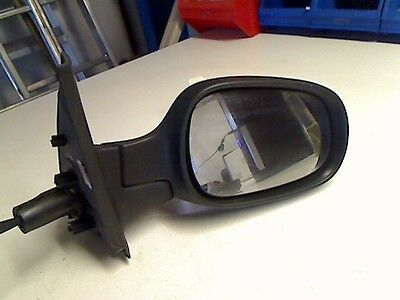 Exterior mirror right NISSAN Micra (K12) 1.2 48 kW 65 PS (01.2003-06.2010)