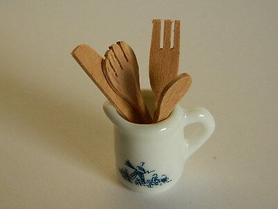 (Kp3.18) Dolls House Decorative China Jug With Wooden Utensils