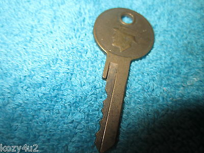 Vintage Lincoln Mercury Hurd Car Key Head & Winged Hat Logo Automobile