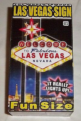 "Lighted Souvenir Sign ""Welcome To Fabulous LAS VEGAS"" Flashing - Fun Size - 2015"