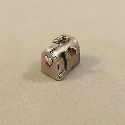 VINTAGE Sterling Silver MAILBOX W/ HEART CHARM Opens Movable Flag Old 925 VT03D