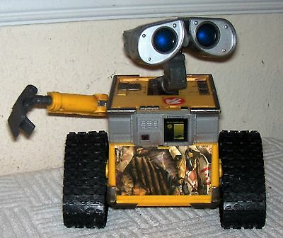 Thinkway Disney Pixar TALKING, HEAD MOVING, Light Up Electronic WALL-E Figure