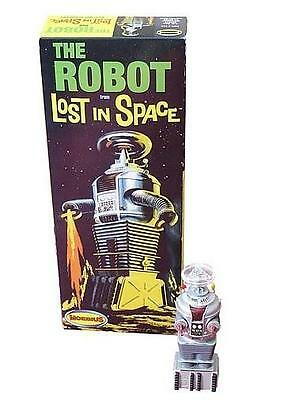 Lost in Space B-9 The Robot 1:24 Scale Model Kit
