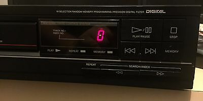 Vintage 80's TEAC CD Player PD-34 - Beautiful Sound
