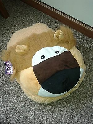 NEW with Tags Happy Feet Lion Themed Foot Warmer