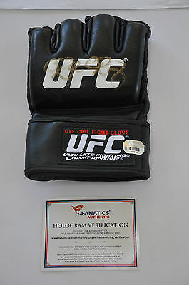 """RARE """"Rowdy"""" Ronda Rousey Autographed Hologram Official Fight UFC Glove"""