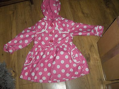 Mothercare Girls Raincoat PINK SPOTTED WITH DETACH HOOD  Size 2/3 Years VGC
