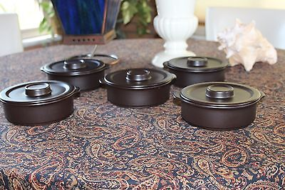A LOT OF 5 DOVERSTONE MADE IN ENGLAND  Staffordshire Casserole with Lid