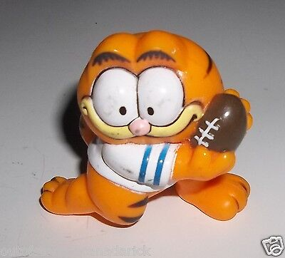 "1981 Garfield Playing Football PVC Action Figure 2"" - RARE"