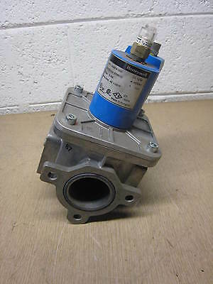 USED Honeywell V4297A1005 Small Body Solenoid Gas Valve FREE SHIPPING