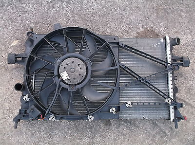 VAUXHALL ASTRA G MK4 1.4 / 1.6 / 1.8 WATER RADIATOR & COOLING FAN - A/C models