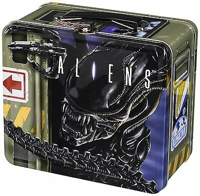 Diamond Select Toys Aliens: Lunch Box with Thermos
