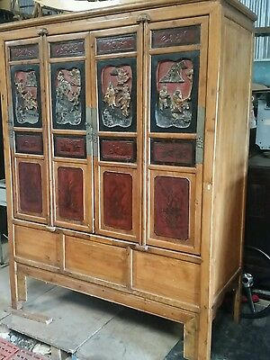 Stunning Antique Chinese Sideboard / Cabinet