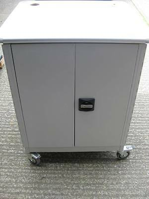 Sahara Moby-Go 2 Multimedia Cabinet / Trolley, Lockable, 3 Shelves (1 Moveable)