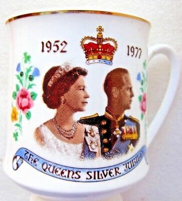 The Queens Silver Jubilee Commemorative CUP / MUG. 1952-1977