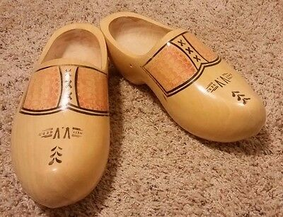 """Vtg Dutch Wett VV Ged Wood Shoes Holland Hand Carved Hand Painted Lg 13""""L x 5"""" W"""