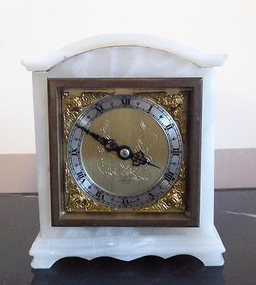 Elliot of London white onyx mantel clock 7 jewels, French escapement circa 1940