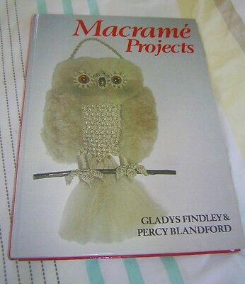 VINTAGE / RETRO 1986 MACRAME PROJECTS ~ Hardcover book